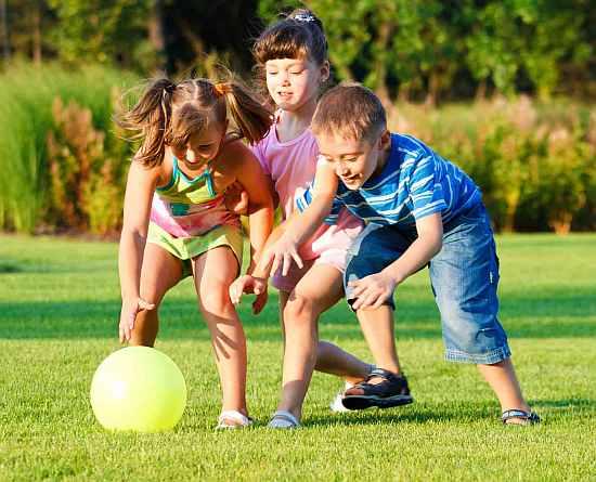 Loc de joacă pentru copii